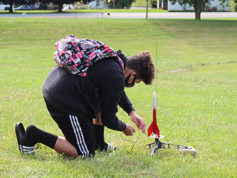 Susquehannock High School Students Study Rockets